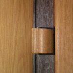 vhodnaya-dver-skrutaya-petlya